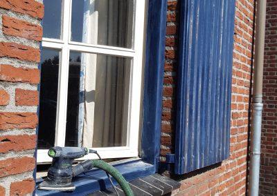 Raamluiken schuren en schilderen Limburg - Schilder venlo